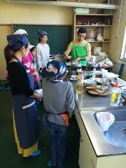 親子料理教室を開催しました