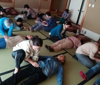 なのはな生協エリア会 お手当で体もこころもポカポカ講座に行ってきました!