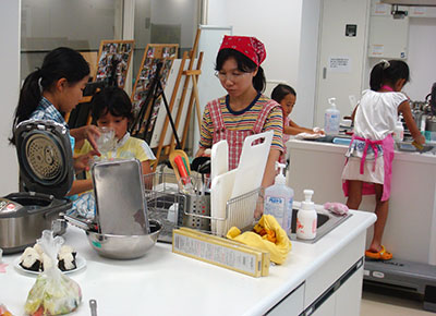 親子料理教室「寒天料理」